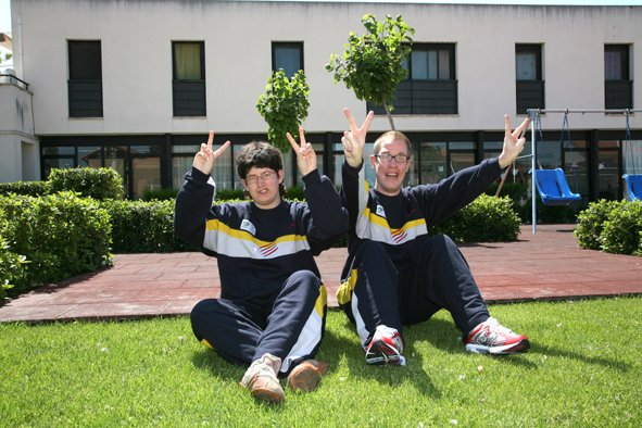 Laia Verge i Jordi Gimenez amb xandall selecció Catalana