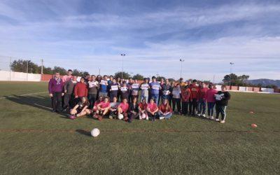 Activitat conjunta entre el Club Esportiu La Plana Femení i el Centre Ocupacional Santa Bàrbara d'Apasa